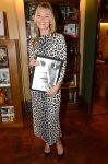 Celebrities Wonder 6787945_kate-moss-book-signing_1.jpg