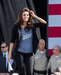 Celebrities Wonder 7318842_eva-longoria-Obama-Campaign_5.jpg