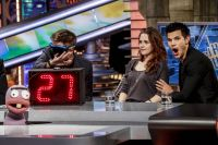 Celebrities Wonder 77791876_kristen-stewart-El-Hormiguero-TV-show_3.jpg