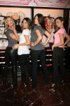 Celebrities Wonder 79578978_Victorias-Secret-Angels-Celebrate-Holiday-2012_2.jpg