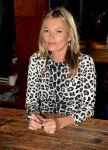 Celebrities Wonder 82127475_kate-moss-book-signing_5.jpg