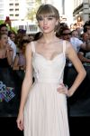 Celebrities Wonder 83537615_taylor-swift-aria-awards_5.JPG