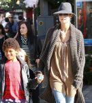 Celebrities Wonder 85362316_heidi-klum-Children_7.jpg