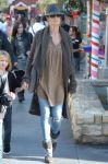 Celebrities Wonder 88525429_heidi-klum-la_3.jpg