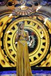 Celebrities Wonder 93776670_heidi-klum-hosting-2012-mtv-ema_1.jpg
