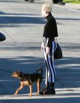 Celebrities Wonder 13166112_miley-cyrus-Palm-Springs_4.jpg