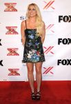 Celebrities Wonder 14836258_britney-spears-x-Factor-viewing-party_1.JPG