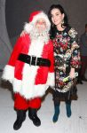 Celebrities Wonder 17626453_katy-perry-attends-A-Christmas-Story-The-Musical_1.jpg