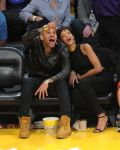 Celebrities Wonder 18785957_rihanna-basketball-game_5.jpg