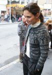Celebrities Wonder 19925243_katie-holmes-new-york_3.jpg