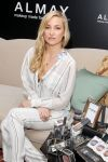 Celebrities Wonder 2600322_kate-hudson-Almay_5.jpg