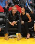 Celebrities Wonder 32027317_rihanna-basketball-game_6.jpg