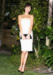 Celebrities Wonder 3852645_Chanel-Beachside-BBQ-celebrating-Art.sy_Olga Kurylenko 1.jpg