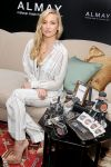 Celebrities Wonder 57237017_kate-hudson-Almay_4.jpg