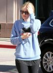 Celebrities Wonder 58505669_dakota-fanning-gym_5.jpg