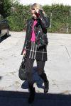 Celebrities Wonder 59856391_ali-larter-gas-station_4.jpg