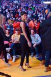 Celebrities Wonder 64680374_rihanna-basketball-game_1.jpg