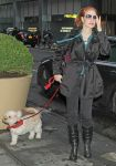 Celebrities Wonder 69181893_jessica-chastain-Arriving-Walter-Kerr-theatre_3.jpg