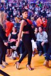 Celebrities Wonder 74914937_rihanna-basketball-game_2.jpg