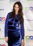 Celebrities Wonder 92075727_12-12-12-Concert-for-Sandy-Relief_Katie Holmes 3.jpg
