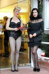 Celebrities Wonder 94714438_dita-von-teese-perfume_4.jpg
