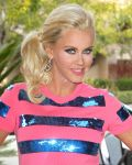 Celebrities Wonder 11548428_jenny-mccarthy-The-Television-Critics-Association-Cable-Network-Panel_4.jpg