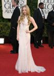 Celebrities Wonder 14290260_amanda-seyfried-2013-golden-globe_1.jpg