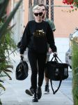 Celebrities Wonder 21400512_miley-cyrus-recording-studio_1.jpg