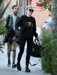 Celebrities Wonder 28928772_miley-cyrus-recording-studio_3.jpg