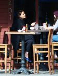 Celebrities Wonder 33124509_jennifer-lawrence Kings-Road-Cafe_6.jpg