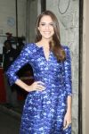 Celebrities Wonder 35850652_allison-williams-live-with-kelly_3.jpg