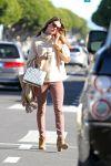 Celebrities Wonder 40915322_alessandra-abrosio-caffe-luxxe_1.jpg