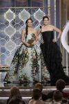 Celebrities Wonder 40915695_debra-messing-2013-golden-globe_2.jpg