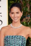 Celebrities Wonder 42196505_olivia-munn-2013-golden-globe_3.jpg