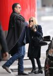 Celebrities Wonder 42871634_mary-kate-olsen-airport_3.jpg