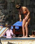 Celebrities Wonder 44564423_jessica-alba-bikini_6.jpg