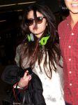 Celebrities Wonder 4627388_selena-gomez-lax-airport_4.jpg