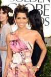 Celebrities Wonder 50759128_halle-berry-2013-golden-globe_2.jpg