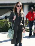 Celebrities Wonder 53711246_christina-ricci-airport_4.jpg