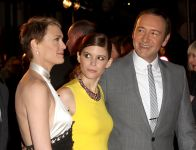 Celebrities Wonder 57414761_House-of-Cards-premiere_7.jpg