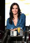 Celebrities Wonder 6020966_courteney-cox-2013-TCA-Winter-Tour_2.jpg
