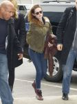 Celebrities Wonder 63754699_kristen-stewart-jfk-airport_5.jpg
