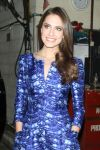 Celebrities Wonder 6656443_allison-williams-live-with-kelly_4.jpg