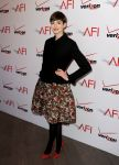 Celebrities Wonder 68576261_2013-afi-awards_Anne Hathaway 1.jpg