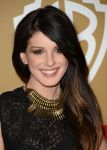 Celebrities Wonder 69663579_shenae-grimes-golden-globe-party_3.jpg