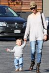 Celebrities Wonder 76503191_january-jones-son_1.jpg