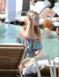 Celebrities Wonder 81442056_nicky-hilton-pool_7.jpg