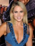 Celebrities Wonder 81497511_Spartacus-War-Of-The-Damned-premiere_Anna Hutchison 2.jpg