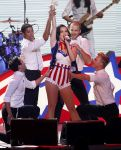 Celebrities Wonder 87171183_katy-perry-2013-Kids-Inaugural-Concert-during the-Presidential-Inauguration-Weekend_5.JPG