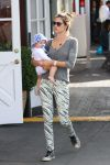 Celebrities Wonder 91895027_alessandra-ambrosio-son_2.jpg